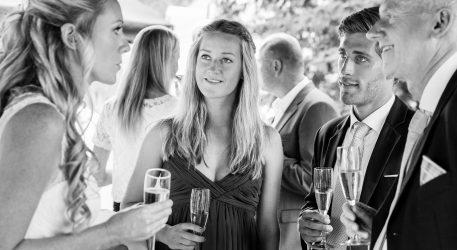 Receptie tijdens een bruiloft op landgoed Engelenburg
