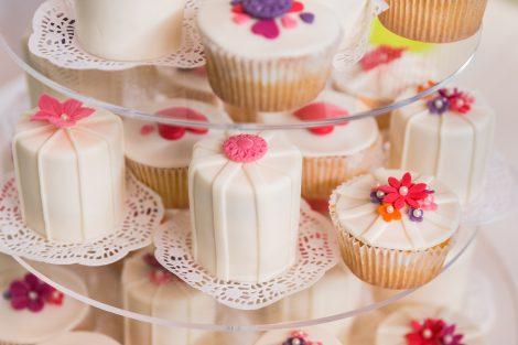 Bruidstaart cup cakes