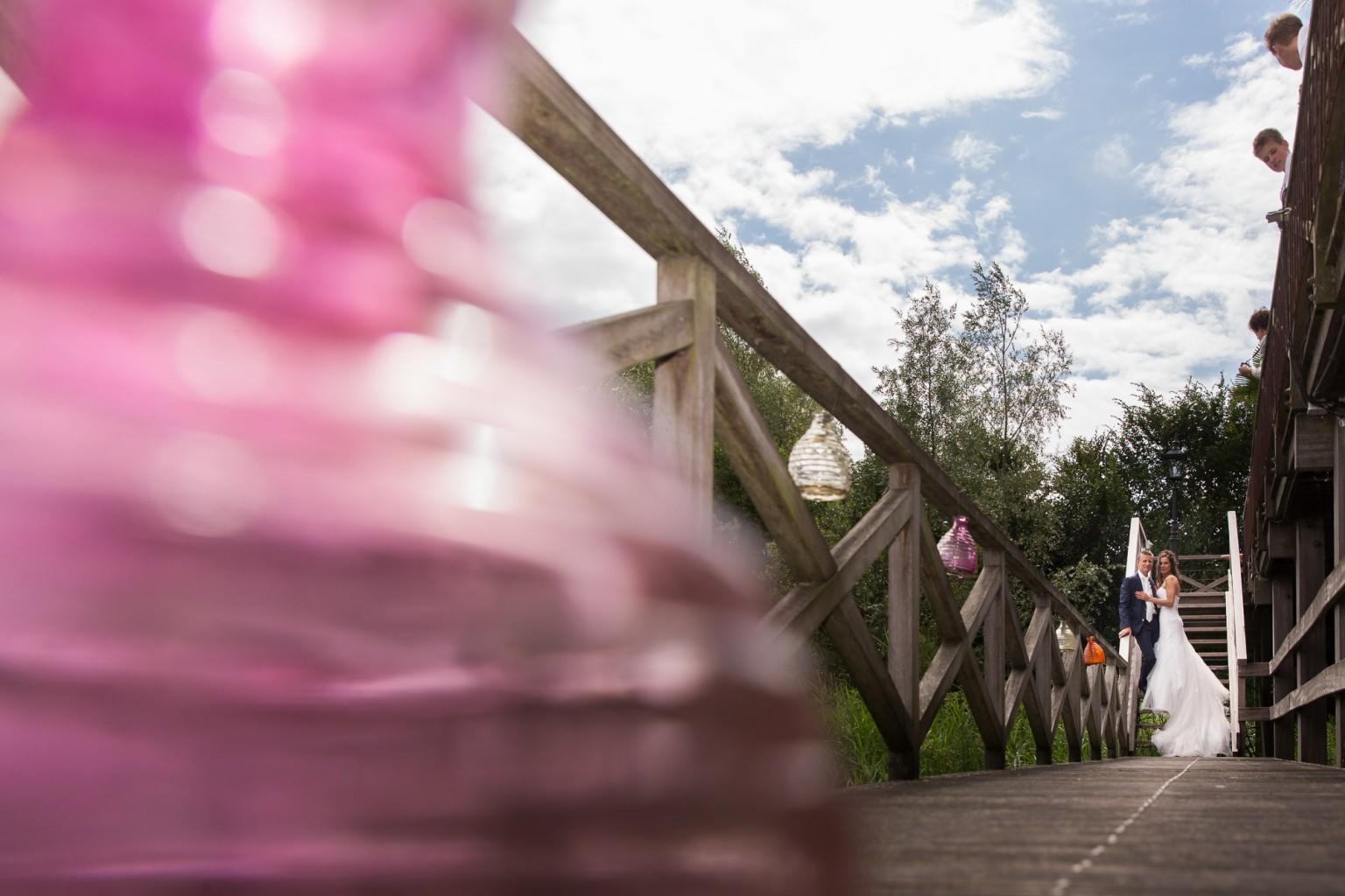 Trouwen bij Fort Bronsbergen in Zutphen - bruidsfotograaf Peter Lammers