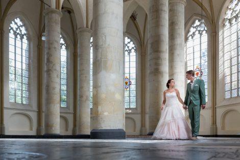 Bruidsreportage in de Bergkerk in Deventer