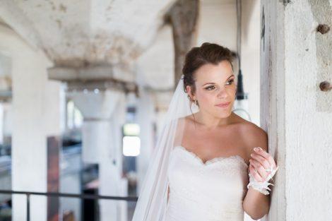 Bruidsreportage van Peter Lammers bij Fooddock in Deventer