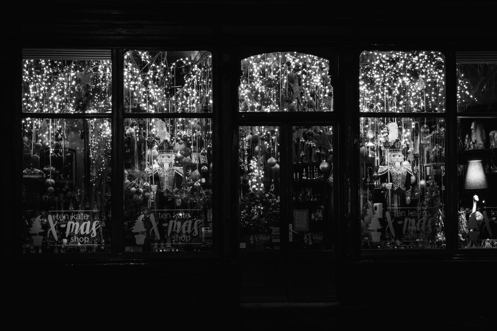 Foto van de winkel van Ten Kate tijdens de Christmas Photo Walk in Deventer