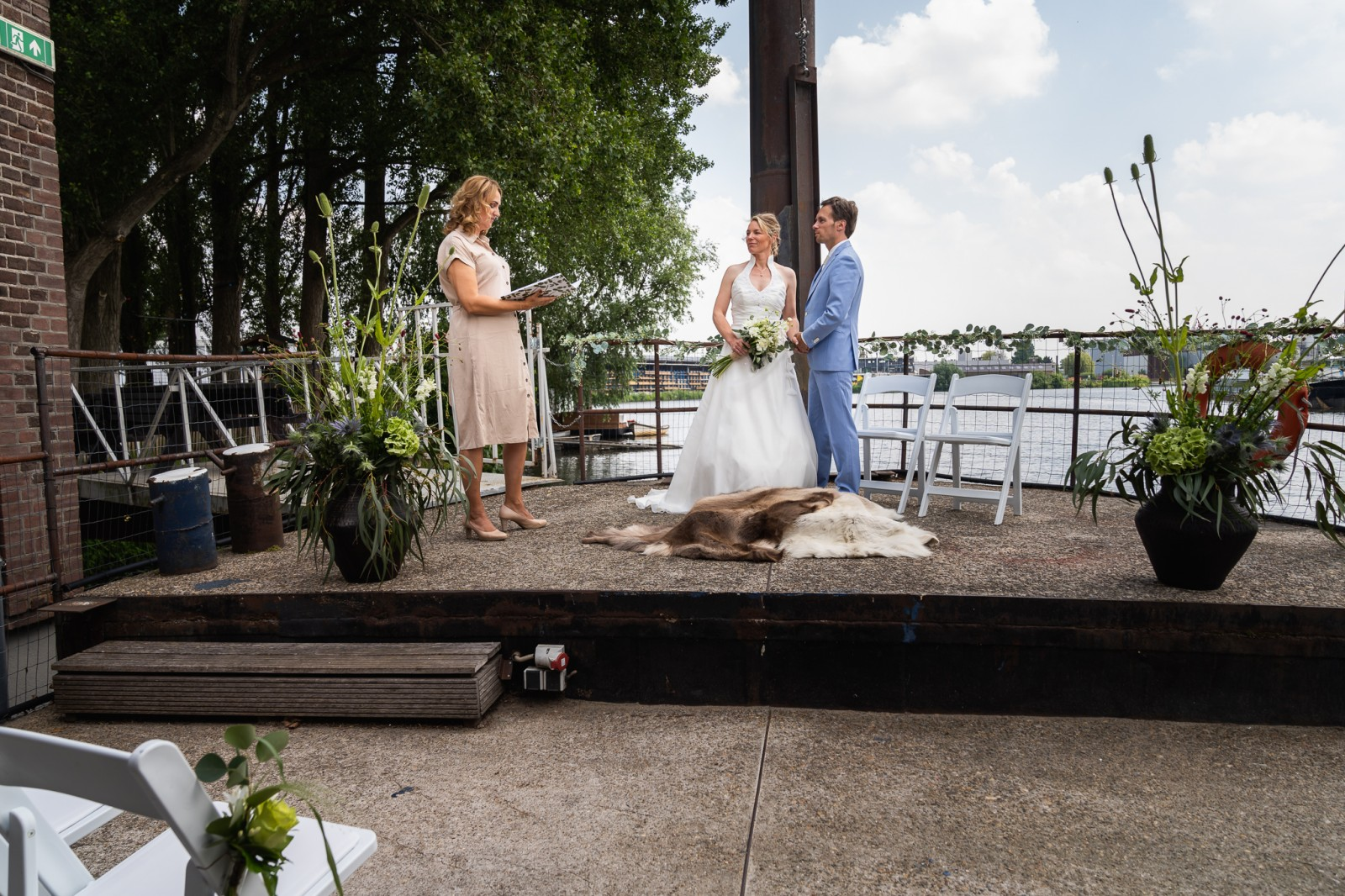 Trouwen bij de Zwarte Silo in Deventer ceremonie op de boot