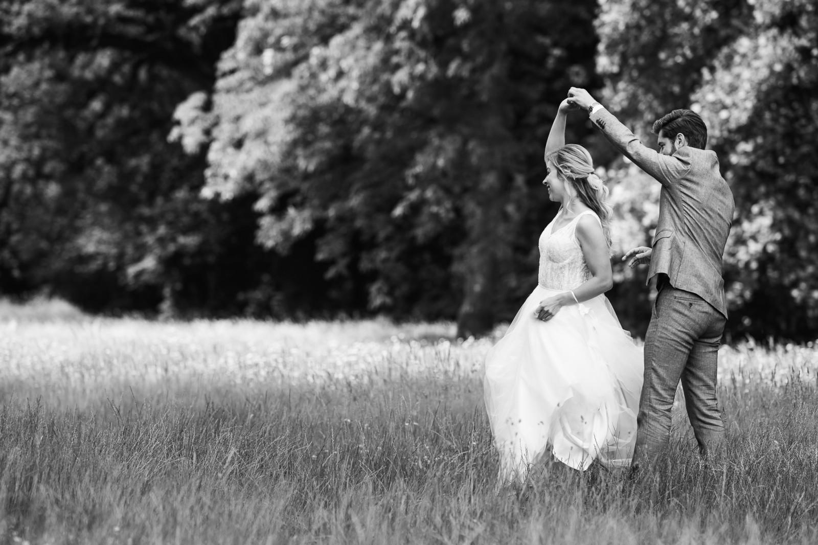 Dansend bruidspaar